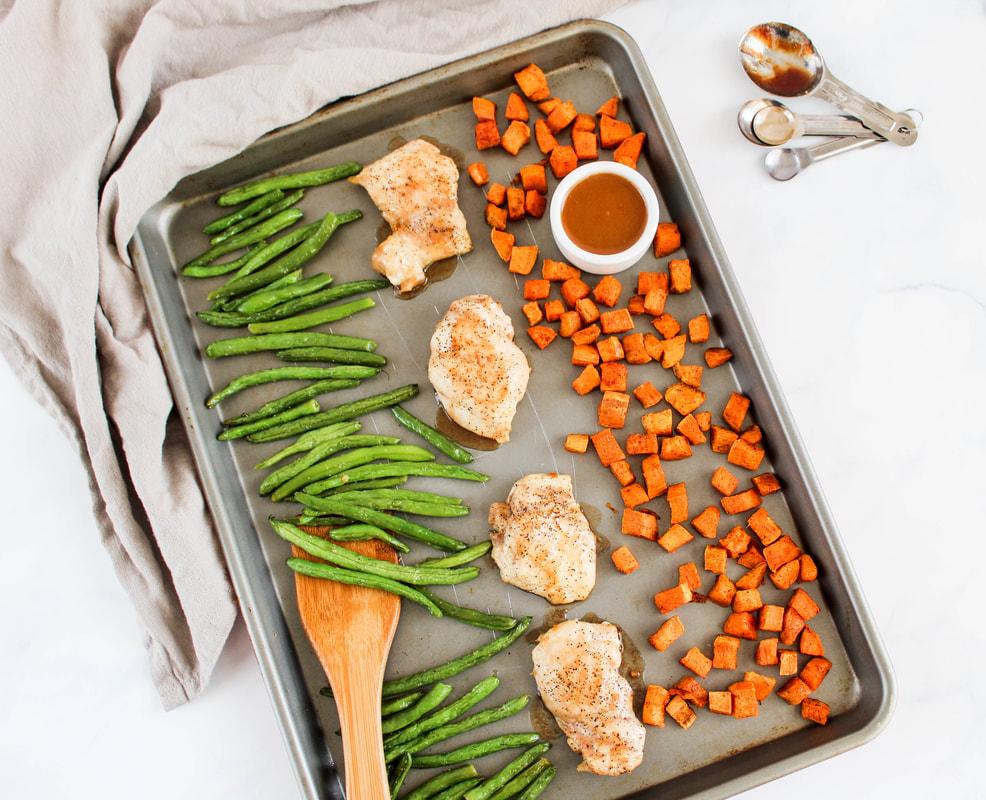 cider glazed sheet pan chicken thighs
