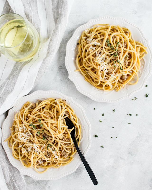 sausage spaghetti herbed white wine sauce